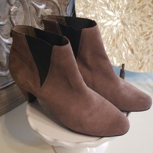 Sam Edelman Morillo Tan Suede Ankle Booties 9